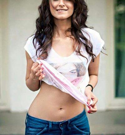 Ileana Dcruz Top