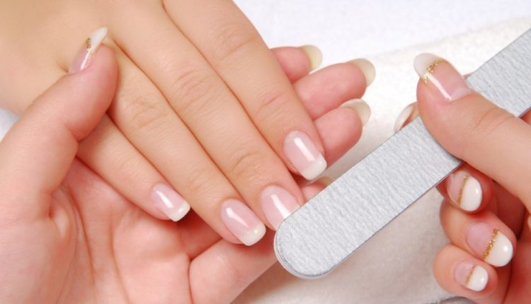 8 Simple Steps You Must Follow To Get Perfect Manicure And Pedicure